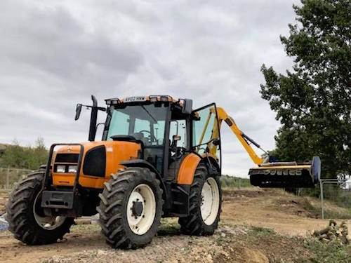 tractor flail hedgecutter hire
